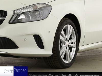 gebraucht Mercedes A180 Urban+Navi+Parkass.+Teilleder+Autom.