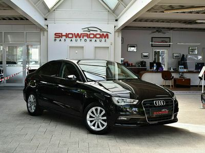 gebraucht Audi A3 Lim. Attraction quattro Aut. Navi Xenon Plus