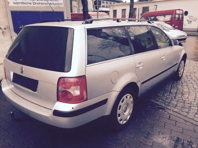 gebraucht VW Passat Kombi 1,6 Benzin