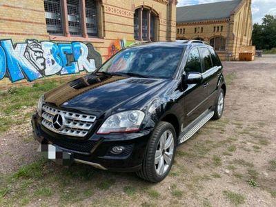 gebraucht Mercedes ML320 CDI 4Matic AMG Trittbretter Facelift R20