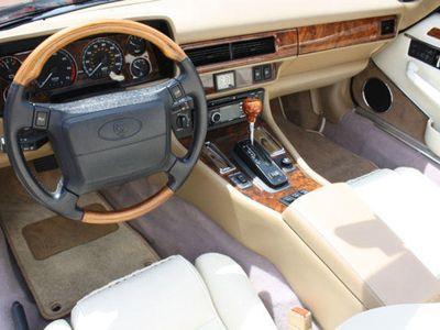 "gebraucht Jaguar XJS 4.0 Cabrio ""Celebration"" Leder SHZ"
