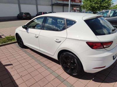 gebraucht Seat Leon Style 1.4TGI Start&Stop 81kW CNG/Benzin TÜV+HU neu