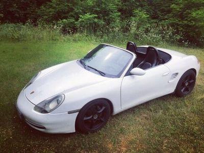 gebraucht Porsche Boxster Cabrio 986 2.7 228PS in weiß - günstig abzugeben