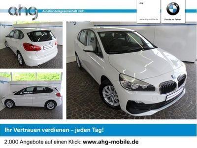 gebraucht BMW 218 Active Tourer i Advantage Navi Klimaaut. AHK PDC
