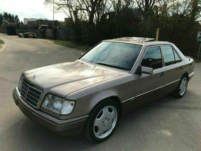 gebraucht Mercedes E250 als Limousine in Hördt