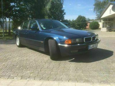 gebraucht BMW 735 i V8