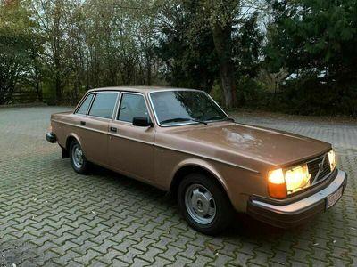 gebraucht Volvo 244 Automatik, wenig Km