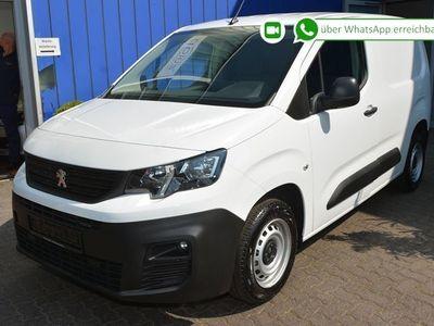gebraucht Peugeot Partner 100 L1 Premium bei Gebrachtwagen.expert