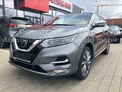 gebraucht Nissan Qashqai N-Connecta 1.3 DIG-T 160PS DCT LED 360°
