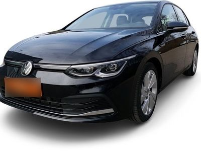 "gebraucht VW Golf VIII Golf VIII Style First Edition DSG Navi DAB+ AHK Panorama ACC DCC LM 17"" MFK SHZ TFL"