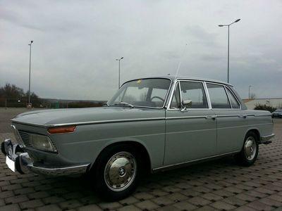 """gebraucht BMW 2000 """"Neue Klasse"""", bristolgrau, restauriert"""