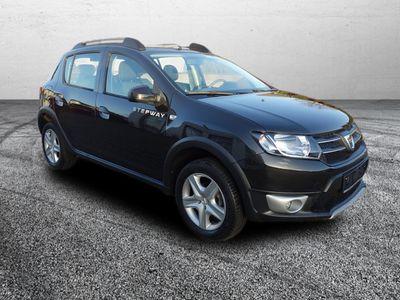 gebraucht Dacia Sandero Sandero 1,5l dCi 90 Stepway Automatik, Navi, Klima1,5l dCi 90 Stepway Automatik, Navi, Klima