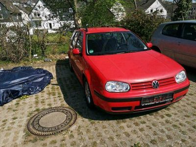 gebraucht VW Golf IV Variant 2.0 Benziner Rot