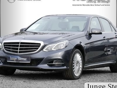 second-hand Mercedes E220 CDI Elegance LED Navi PTS SHZ Tempomat Blu