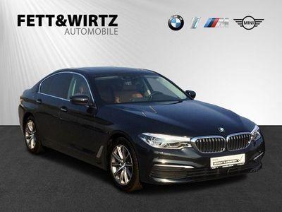 gebraucht BMW 530 d xDrive 18'' Glasdach Standhzg. LED Navi SHZ