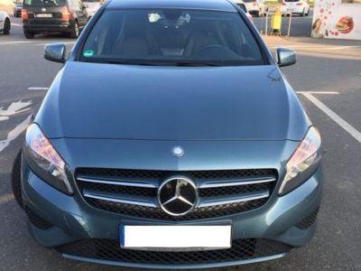 gebraucht Mercedes A180 (BlueEFFICIENCY) 7G-DCT
