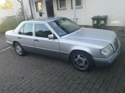 gebraucht Mercedes E200 w124