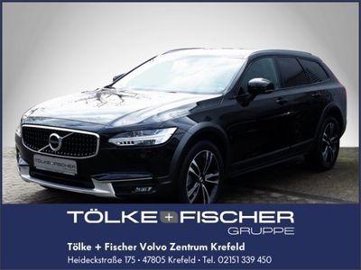 gebraucht Volvo V90 CC AWD D4 bei Gebrachtwagen.expert