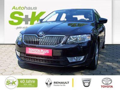 gebraucht Skoda Octavia LIMOUSINE 1.2L ABS Fahrerairbag ZV