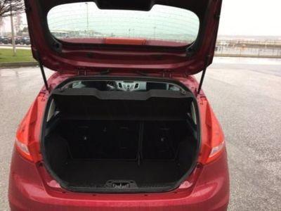 gebraucht Ford Fiesta 1.4 Autom. Trend