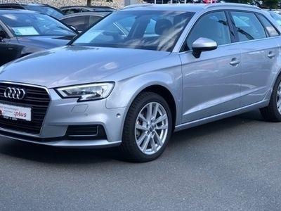gebraucht Audi A3 Sportback 1.6 TDI Design NAVI-XENON-CONNECT