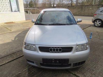 gebraucht Audi A3 1.6 Ambiente