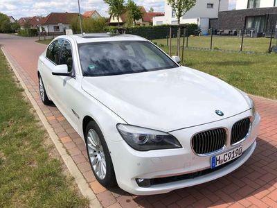 gebraucht BMW 740L