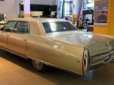 gebraucht Cadillac Fleetwood in Neuwagenzustand