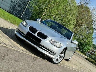 gebraucht BMW 320 Cabriolet E93 LCI i Titansilber Metallic