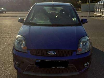 gebraucht Ford Fiesta 2