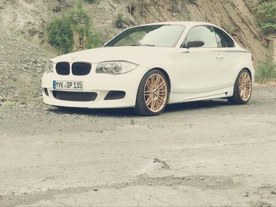 gebraucht BMW 135 Coupé i Coupe mit Performance Sitzen als Sportwagen/ in Kottenheim