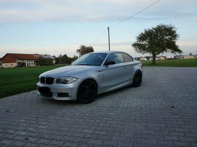 gebraucht BMW 125 Coupé i Coupé Aut. *Xenon*Navi*PDC* als Sportwagen/ in Edling