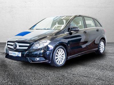 gebraucht Mercedes B180 CDI Navi e-Sitze Parklenkass. Multif.Lenkrad Memor