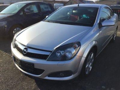 begagnad Opel Astra Cabriolet Twin Top