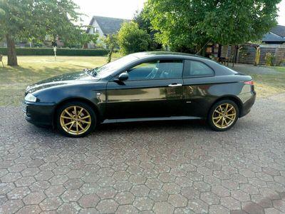 gebraucht Alfa Romeo GT 1.9 JTD M-Jet Distinctive als Sportwagen/Coupé in Berlin