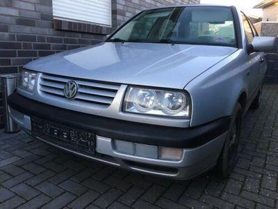 gebraucht VW Vento 1.8l 75PS TÜV 11/2020