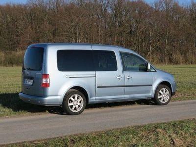 gebraucht VW Caddy Maxi Life 2.0 TDI (7-Si.) Style AHK Navi