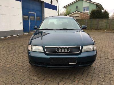 gebraucht Audi A4 1.8 Automatik +Schiebedach