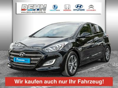 gebraucht Hyundai i30 1.6 GDI blue Passion PDC SHZ beheizt Lenkrad