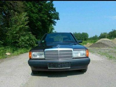 gebraucht Mercedes 190 Mercedes Benz w2011.8