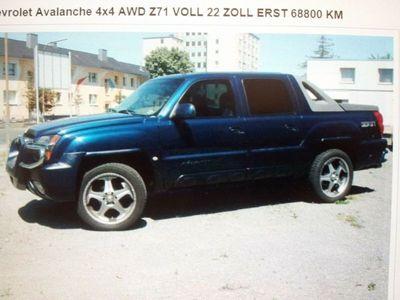 gebraucht Chevrolet Avalanche als SUV/Geländewagen/Pickup in Veltheim/Ohe