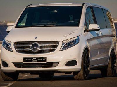 "gebraucht Mercedes V250 Weltpremiere 11 x 22 "" Unikat FCM-Tuning"