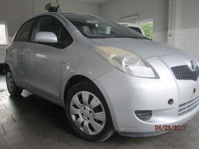 gebraucht Toyota Yaris 1.4 D-4D Luna