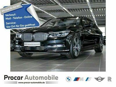 gebraucht BMW M760 xDrive Fond Entertatin B&W DA+ Sky Lounge als Limousine in Köln-West