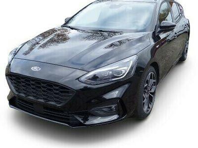 gebraucht Ford Focus Focus ST Line X Turnier 1,0 Ecoboost MHEV + 18 Zoll & LED