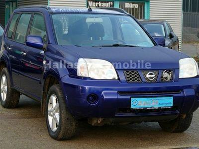 gebraucht Nissan X-Trail 4x4 Comfort 2.2 dCi *Klima *AHK *6-Gang
