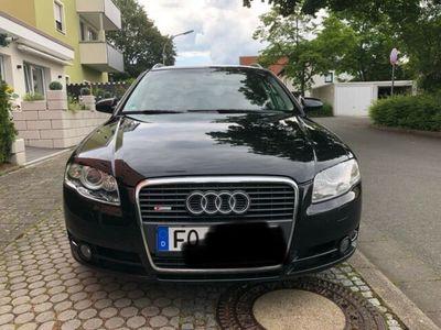 gebraucht Audi A4 Avant 2.0 TDI S - line Xenon! Navi! AHK !