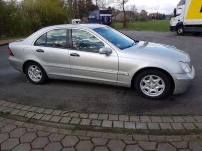 gebraucht Mercedes 220 CDI COMAND NAVI KLIMAAUTOMATIK VIELE EXTRAS