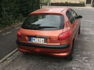 käytetty Peugeot 206 / Mit TüV / Zahnriemen Gemacht