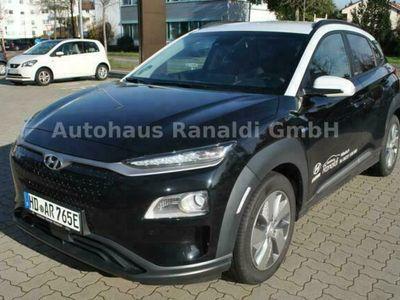 gebraucht Hyundai Kona Elektro 64kWh Premium+Sitzpaket+DACH+